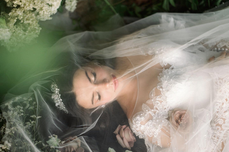 «Сны спящей красавицы»: стилизованная фотосессия-сказка