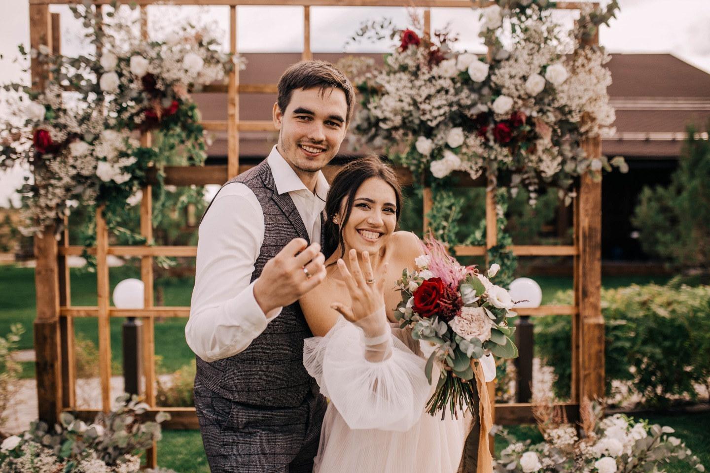 «Secret garden»: уютная свадьба в бежевых оттенках