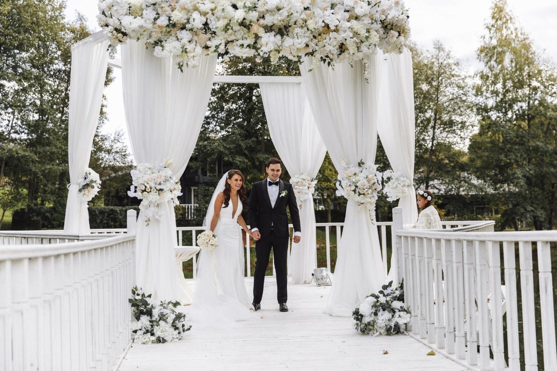 Exciting classic: свадьба в эко-клубе Голицыно