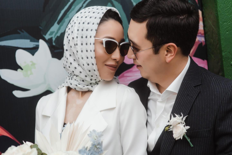 «Из Парижа, с любовью»: ретро-свадьба около отеля