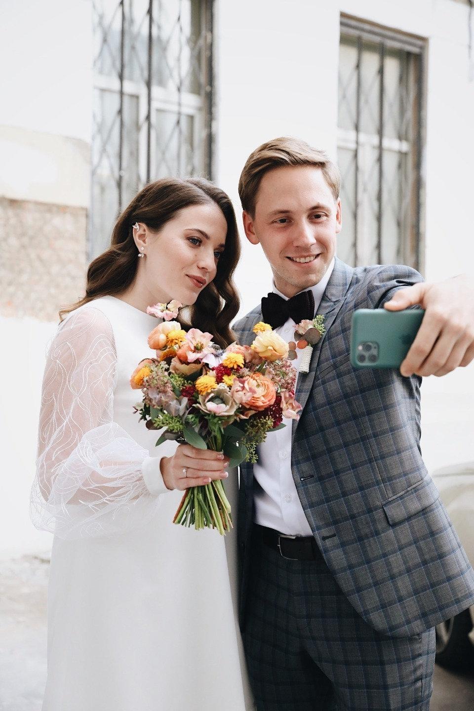 Европейский квартирник: свадьба-вечеринка в фотостудии