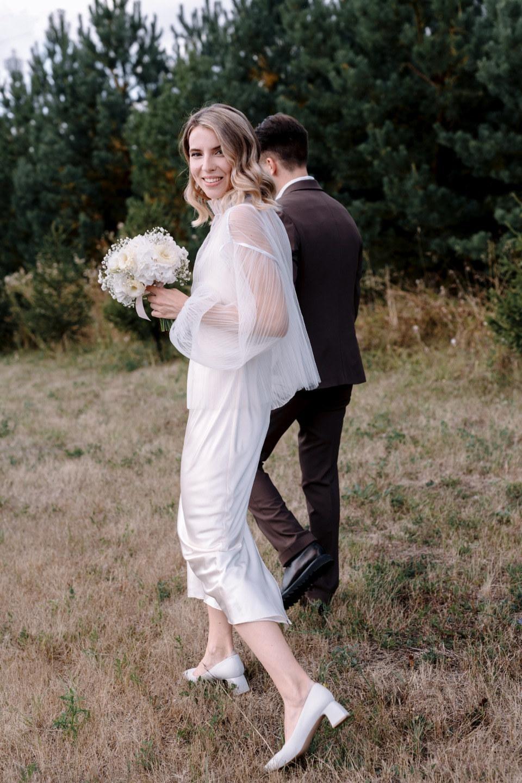 Минимализм и элегантность: свадьба на природе