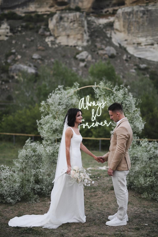 Минималистичная и уютная свадьба в Крыму