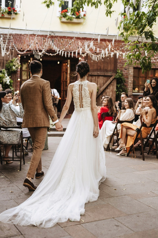 «Живи, любя»: эко-свадьба во дворике Roden
