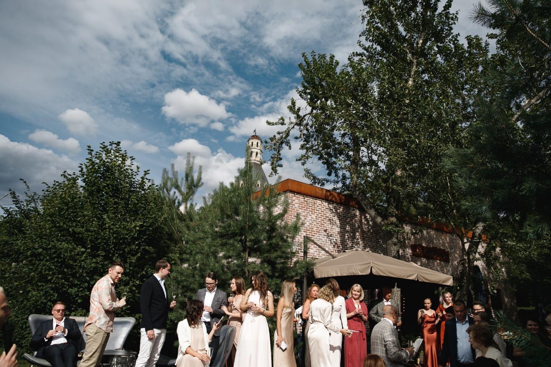 Italian note: романтическая свадьба в лофте