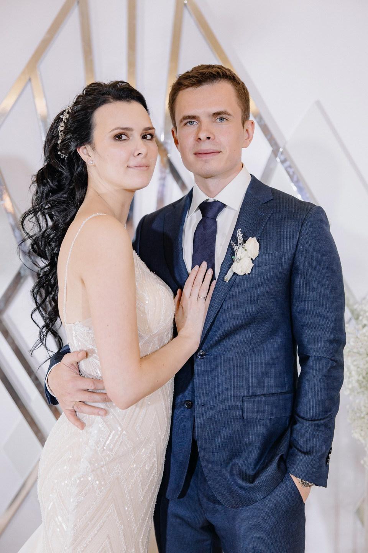 Winter love: блестящая свадьба на загородной площадке