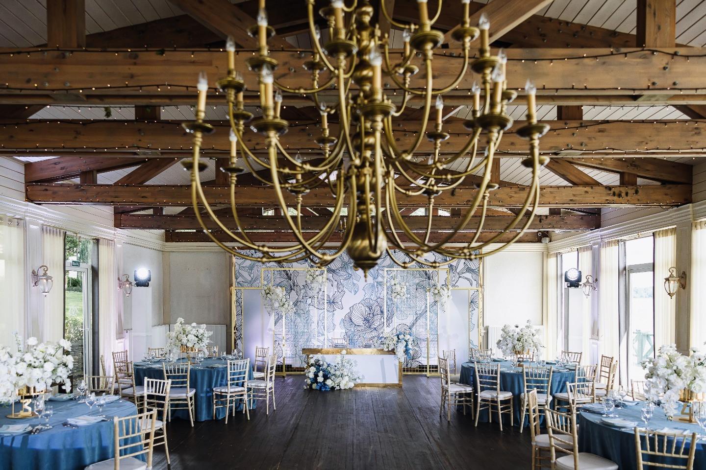 Искусство любви: интернациональная свадьба у воды
