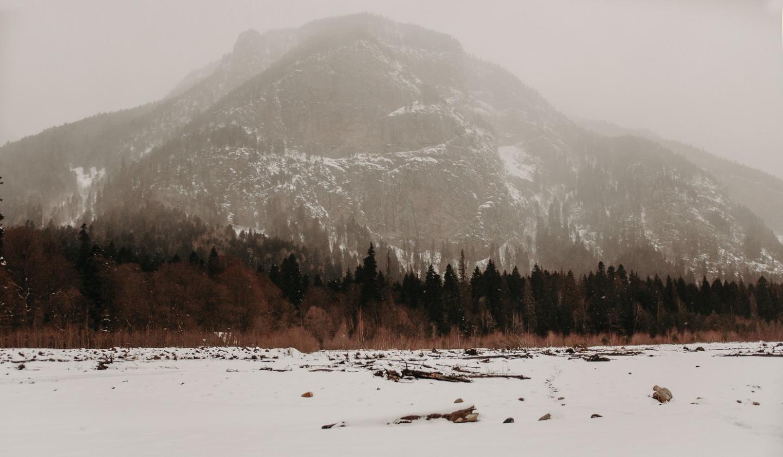 Где-то очень высоко: зимняя love-story в горах