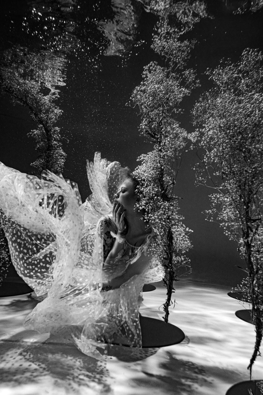 Under water: необычная стилизованная фотосессия под водой