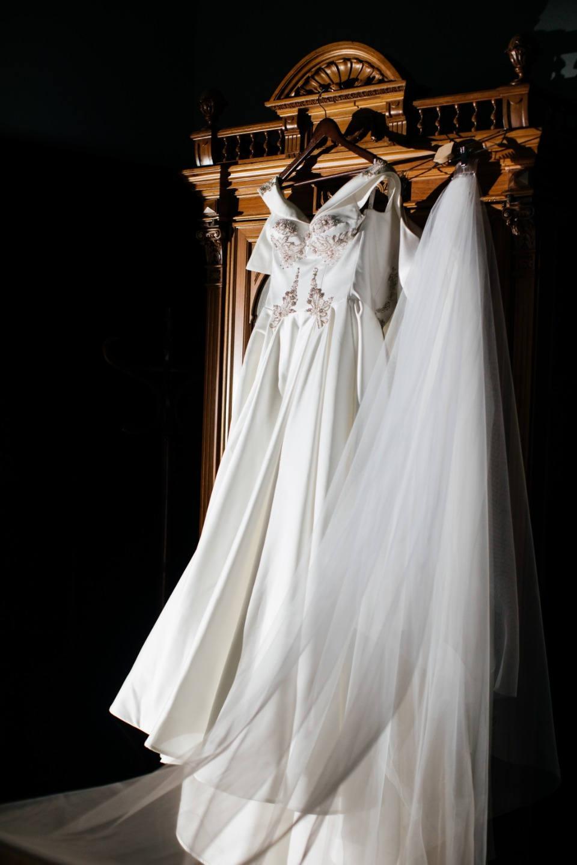Style and romance: интернациональная свадьба в замке