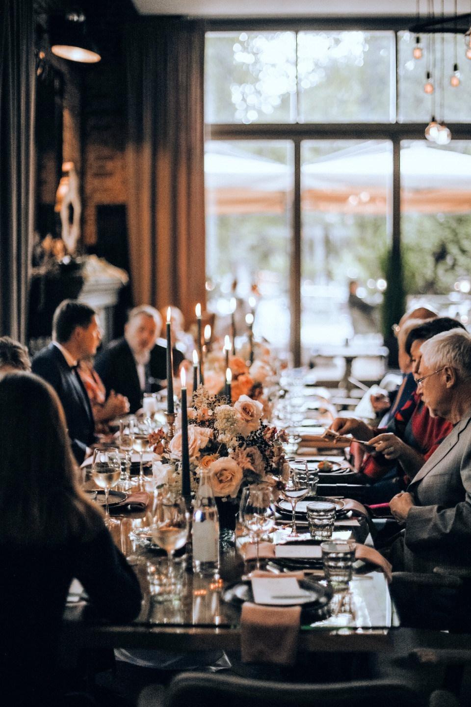 Уютная и камерная свадьба в ресторане