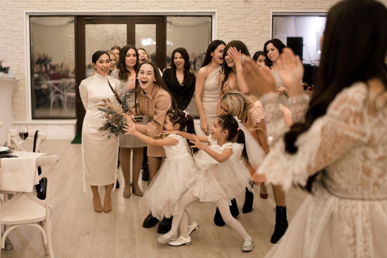 Winter magic: богемная свадьба в шале