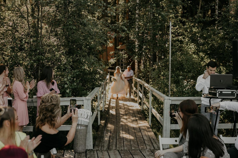 Cozy romance: свадьба у озера