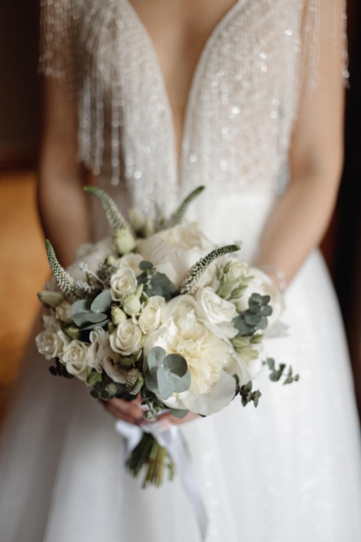 Classics and romance: свадьба в природных тонах