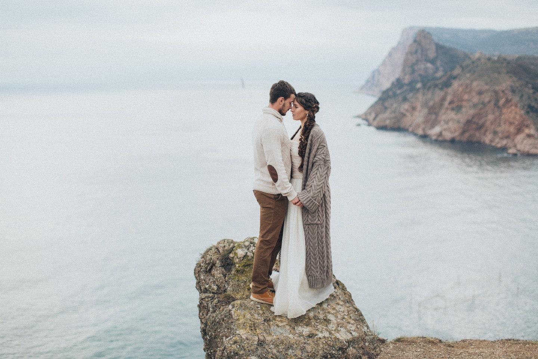 Как высока твоя любовь? Стилизованная фотосессия в Крыму