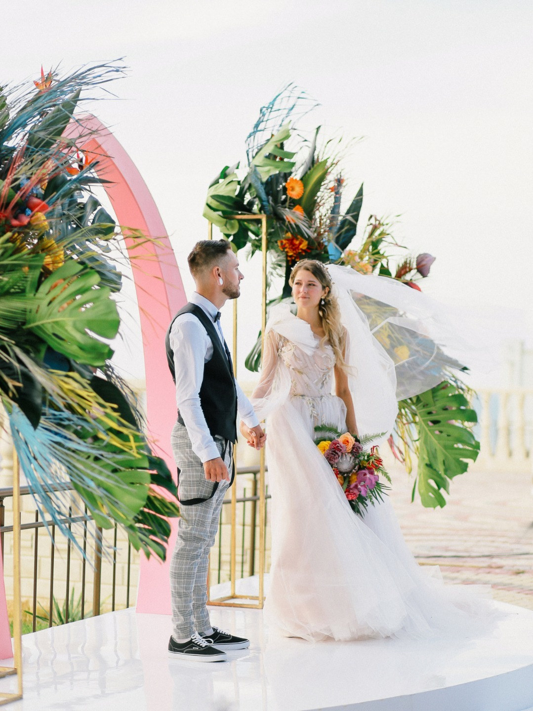 Tropical Paradise: яркая свадьба в Крыму