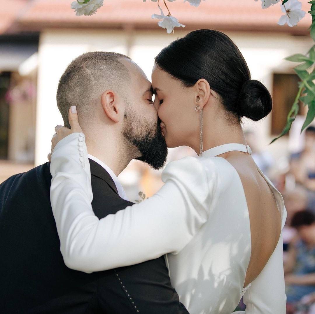Love lives: эко-свадьба в ресторане