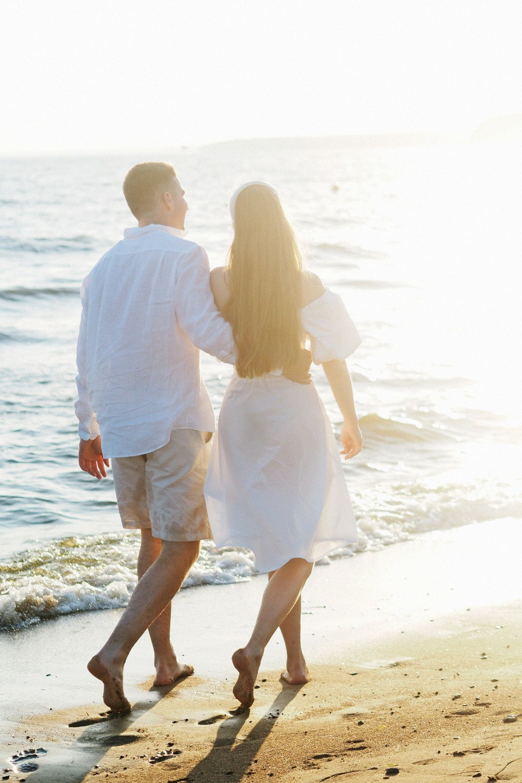 Beach picnic: уютная свадьба на пляже