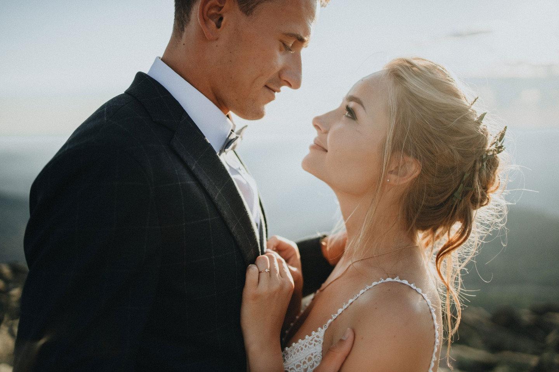 Выше только любовь: камерная рустик-свадьба в горах